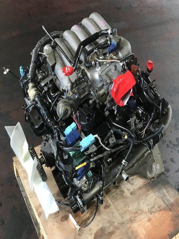 JDM Nissan VQ35DE RWD engine